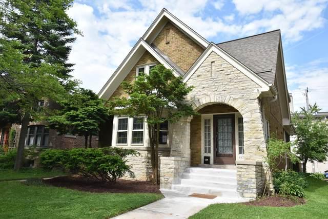 4453 N Cramer St, Shorewood, WI 53211 (#1745417) :: Tom Didier Real Estate Team