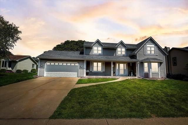 4118 W Southwood Dr, Franklin, WI 53132 (#1745473) :: OneTrust Real Estate