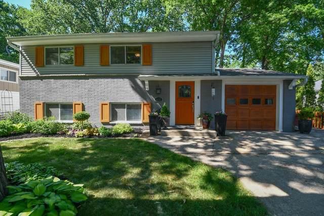 652 E Wilson St, Oconomowoc, WI 53066 (#1745522) :: OneTrust Real Estate