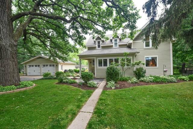 W370S1601 Utica Rd, Ottawa, WI 53118 (#1745696) :: Tom Didier Real Estate Team