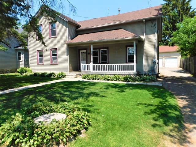 W4116 Center St, Fredonia, WI 53021 (#1745720) :: OneTrust Real Estate