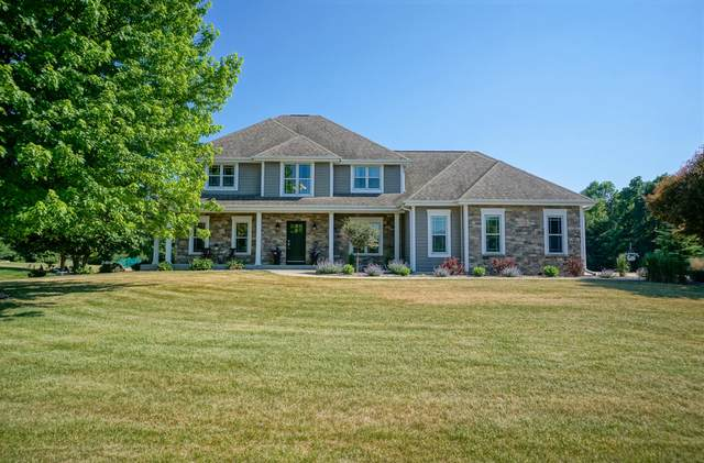 N72W28835 Fishers Landing Rd, Merton, WI 53029 (#1745742) :: OneTrust Real Estate