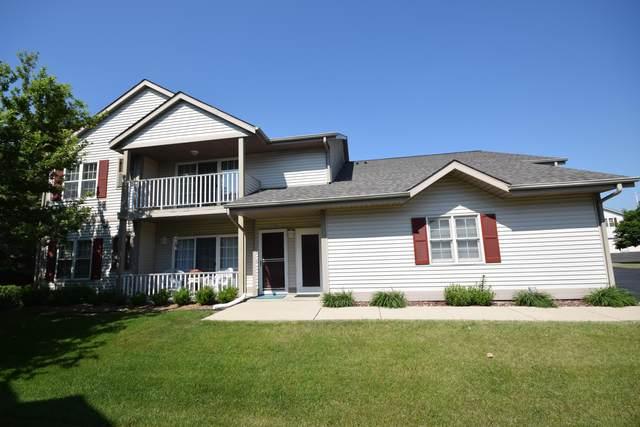 1855 Sumac Ct C, Grafton, WI 53024 (#1745793) :: OneTrust Real Estate