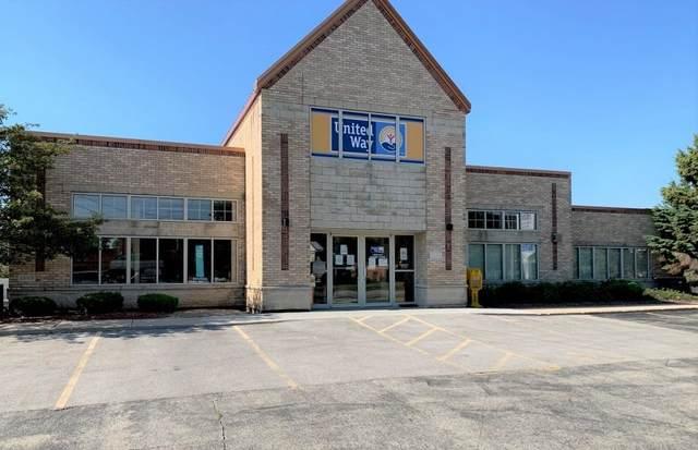 1121 E Sumner St, Hartford, WI 53027 (#1745843) :: Keller Williams Realty - Milwaukee Southwest