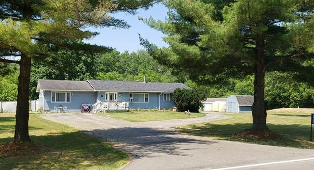 8848 Fox River Rd, Salem Lakes, WI 53105 (#1745881) :: OneTrust Real Estate