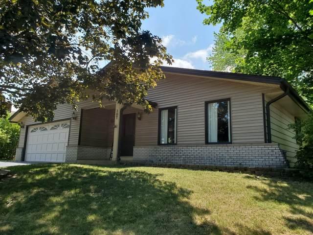 107 Conrad Ln, Mukwonago, WI 53149 (#1745882) :: Keller Williams Realty - Milwaukee Southwest