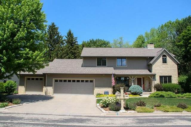 719 Mcmillen St, Fort Atkinson, WI 53538 (#1745888) :: RE/MAX Service First