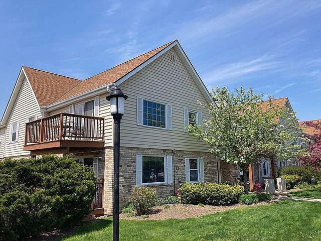 10625 N Ivy Ct #57, Mequon, WI 53092 (#1745913) :: EXIT Realty XL