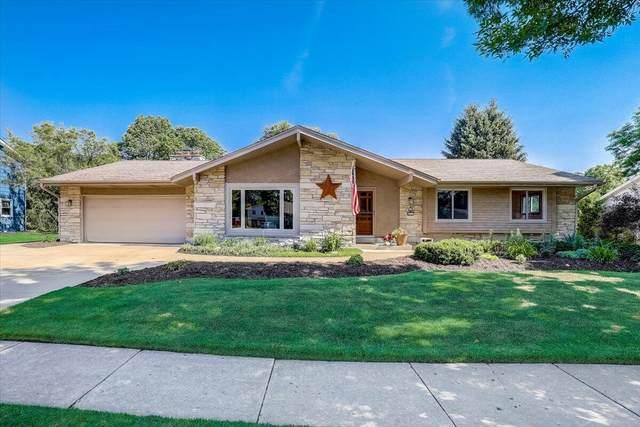 8801 Glenwood Dr, Greendale, WI 53129 (#1745919) :: Keller Williams Realty - Milwaukee Southwest