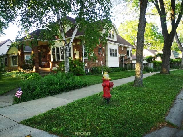 5642 N Argyle Ave, Glendale, WI 53209 (#1745920) :: OneTrust Real Estate