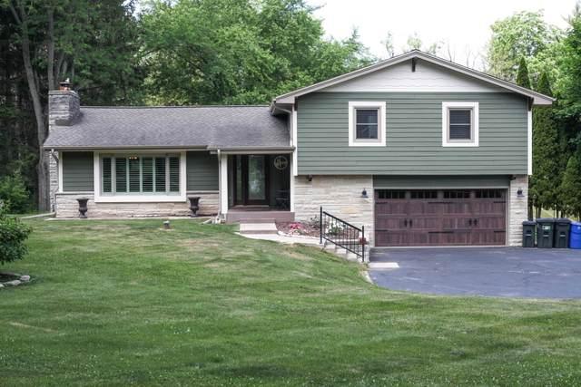 W329N4721 Elderwood Dr, Nashotah, WI 53058 (#1745931) :: Tom Didier Real Estate Team