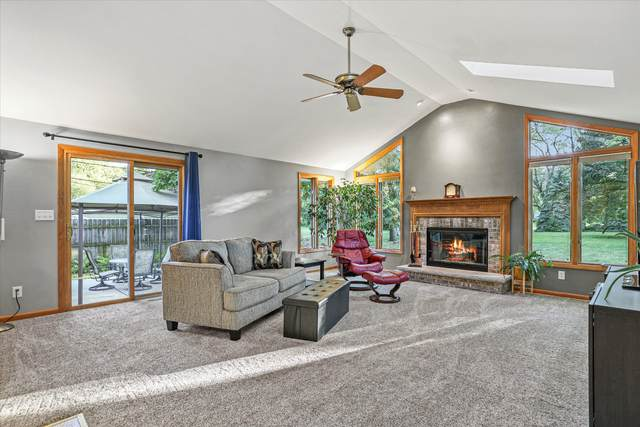 8981 S 77th St, Franklin, WI 53132 (#1745935) :: OneTrust Real Estate