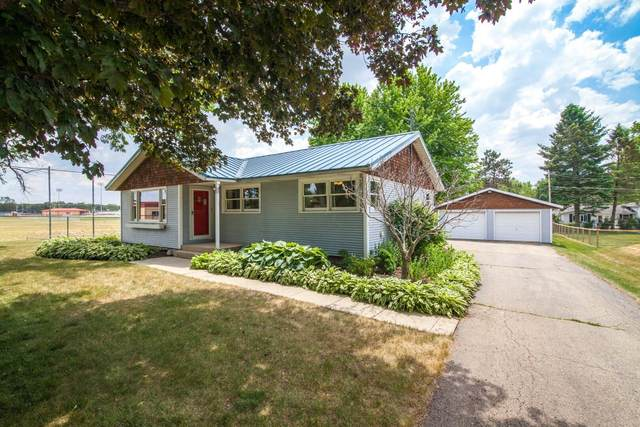 211 Fairview Dr, Walworth, WI 53184 (#1745965) :: OneTrust Real Estate