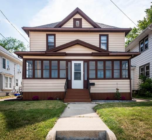 225 N Dodge St, Burlington, WI 53105 (#1745969) :: OneTrust Real Estate