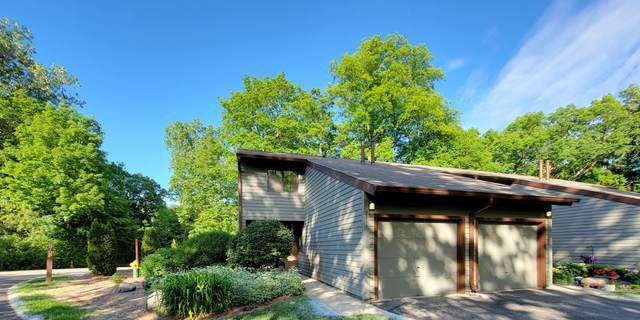 2914 Old Mill Dr A1, Racine, WI 53405 (#1746001) :: OneTrust Real Estate