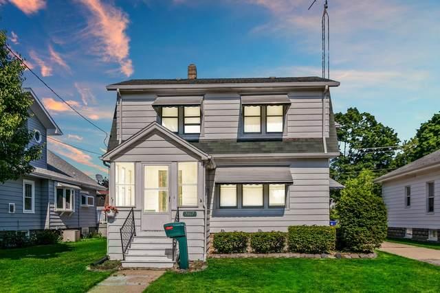 7007 27th  Ave, Kenosha, WI 53143 (#1746020) :: OneTrust Real Estate