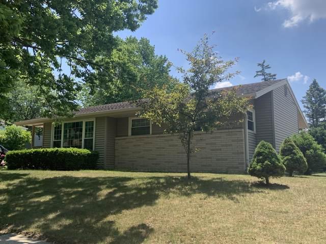 435 Richard St., Waukesha, WI 53189 (#1746023) :: OneTrust Real Estate