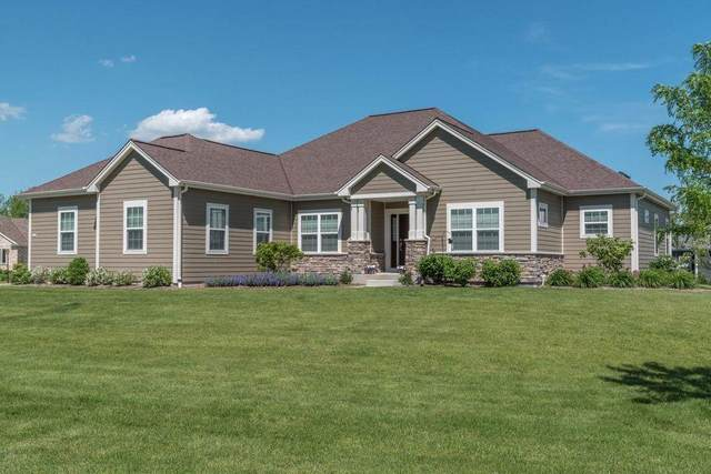 7208 W River Birch Dr 113N, Mequon, WI 53092 (#1746053) :: Tom Didier Real Estate Team