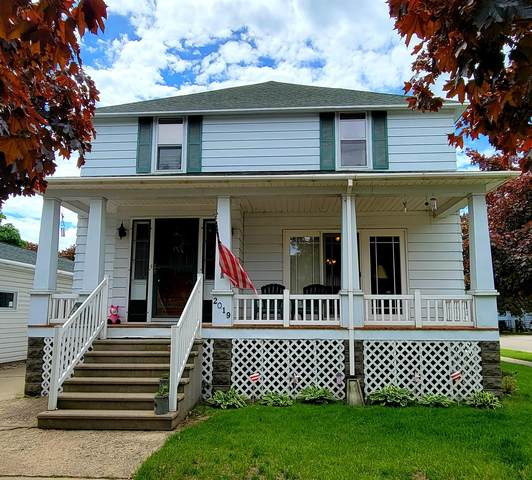 2019 Sherman St., Marinette, WI 54143 (#1746121) :: EXIT Realty XL