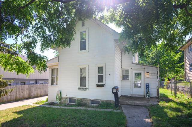 1645 S 94th Pl, West Allis, WI 53214 (#1746461) :: RE/MAX Service First