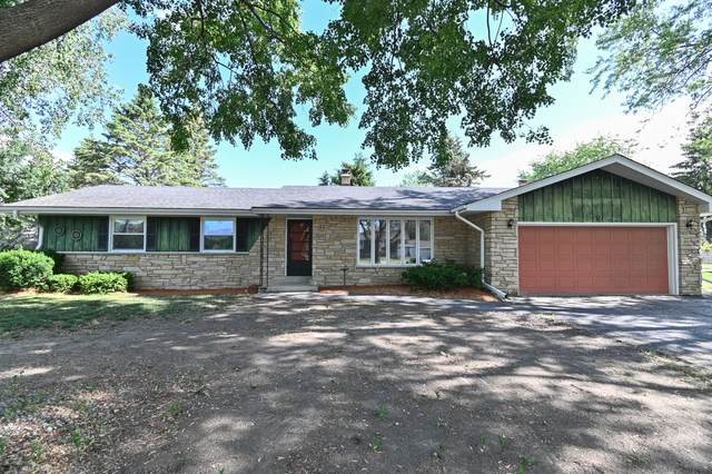 8900 Rodney Ln, Caledonia, WI 53406 (#1746554) :: EXIT Realty XL