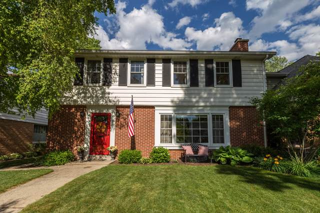 4838 N Newhall St, Whitefish Bay, WI 53217 (#1746592) :: Tom Didier Real Estate Team