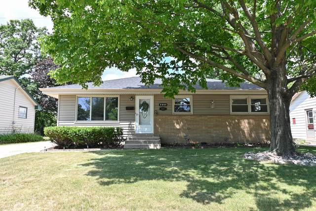 2965 S 99th St, West Allis, WI 53227 (#1746695) :: RE/MAX Service First