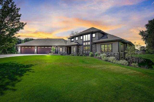 17085 Driftwood Ct, Brookfield, WI 53005 (#1746764) :: EXIT Realty XL