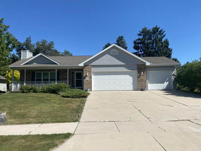 1414 Blue Heron Dr, Two Rivers, WI 54241 (#1746793) :: EXIT Realty XL