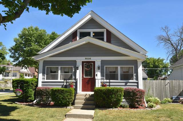 9226 W Lapham St, West Allis, WI 53214 (#1746807) :: Keller Williams Realty - Milwaukee Southwest