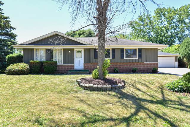 3731 W Mangold Ave, Greenfield, WI 53221 (#1746886) :: RE/MAX Service First