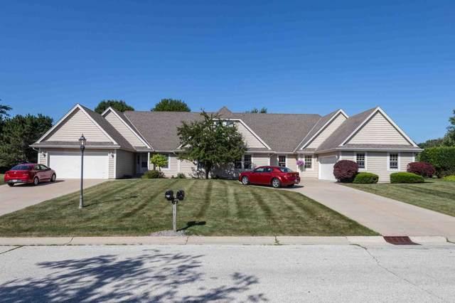 N27W26446 Christian Ct W A, Pewaukee, WI 53072 (#1746948) :: Keller Williams Realty - Milwaukee Southwest