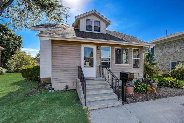 220 N West Ave, Jefferson, WI 53549 (#1746953) :: RE/MAX Service First
