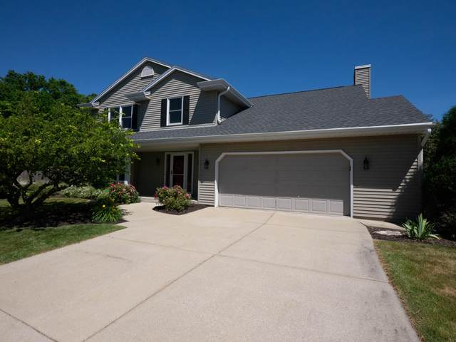 9206 S Thorncrest Ct, Franklin, WI 53132 (#1747000) :: Keller Williams Realty - Milwaukee Southwest