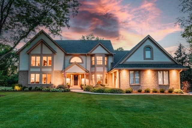 2475 Buckingham Pl, Brookfield, WI 53045 (#1747065) :: Keller Williams Realty - Milwaukee Southwest