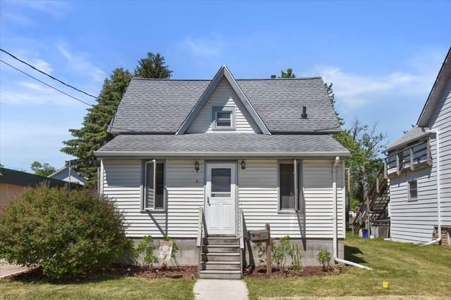 411 Jefferson St, Mukwonago, WI 53149 (#1747091) :: RE/MAX Service First