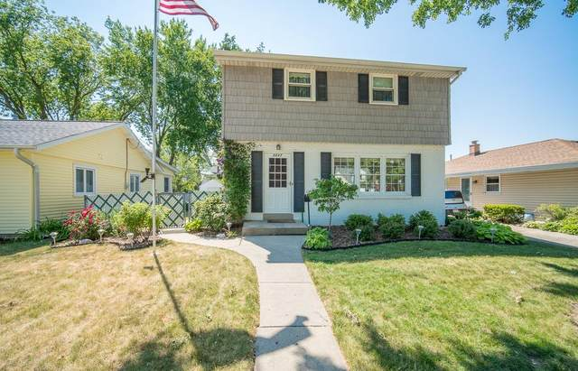 3847 S 37th St, Greenfield, WI 53221 (#1747214) :: RE/MAX Service First