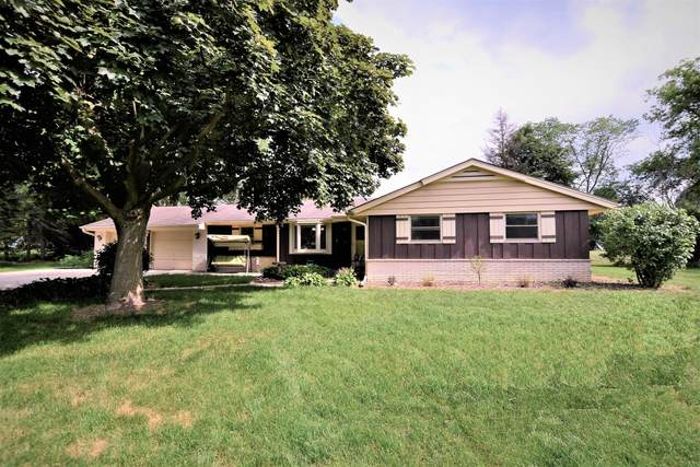 4250 Williams Ct, Brookfield, WI 53045 (#1747276) :: RE/MAX Service First