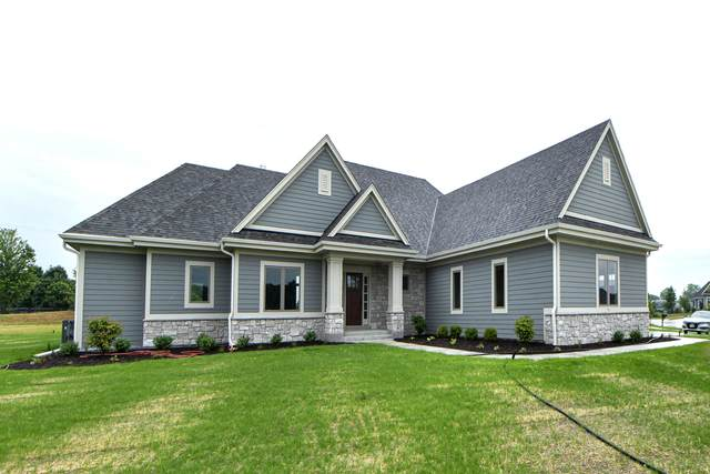 209 Four Winds Ct, Hartland, WI 53029 (#1747321) :: Re/Max Leading Edge, The Fabiano Group