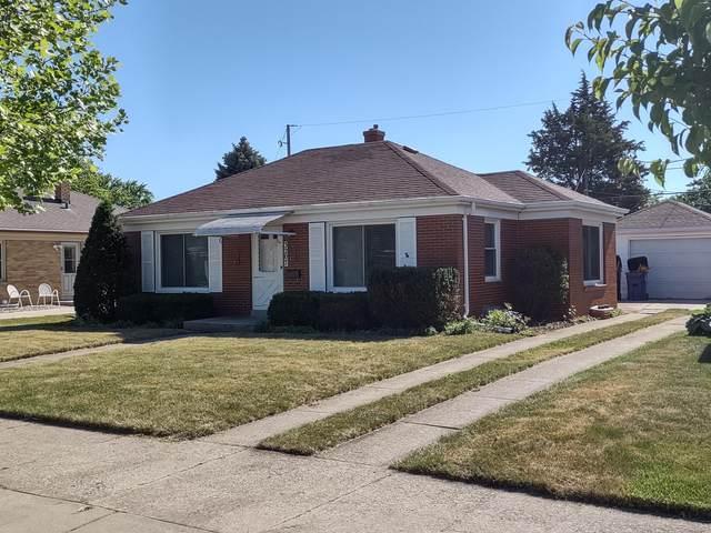 3207 Saint Clair St, Racine, WI 53402 (#1747408) :: RE/MAX Service First