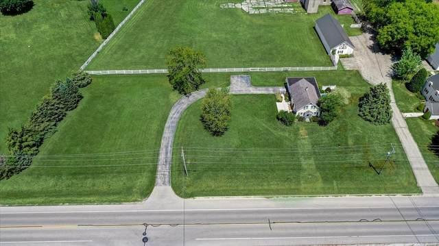 N52W35660 W Lake Dr, Oconomowoc, WI 53066 (#1747412) :: Keller Williams Realty - Milwaukee Southwest