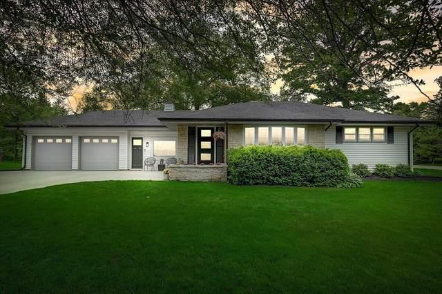 815 E Glencoe Pl, Bayside, WI 53217 (#1747414) :: Keller Williams Realty - Milwaukee Southwest