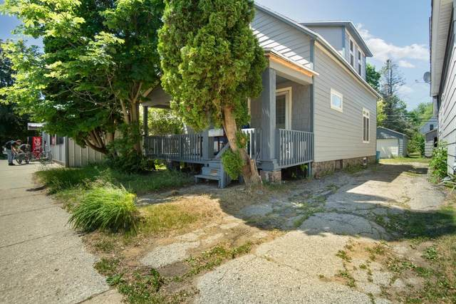 1553 Pierce, Marinette, WI 54143 (#1747450) :: Tom Didier Real Estate Team