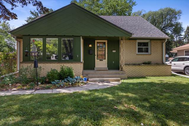 2929 S 105th St, West Allis, WI 53227 (#1747490) :: RE/MAX Service First