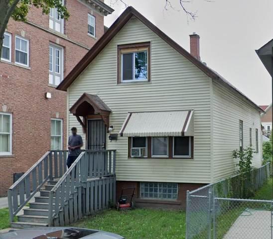 2519 N 28th St, Milwaukee, WI 53210 (#1747653) :: Keller Williams Realty - Milwaukee Southwest