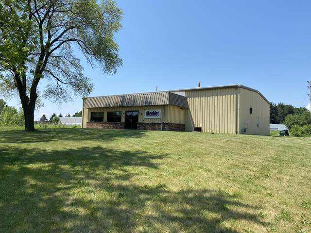 10827 N Industrial Dr, Mequon, WI 53092 (#1748140) :: Keller Williams Realty - Milwaukee Southwest