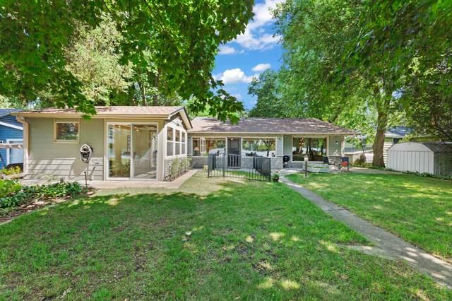 W378S4767 E Pretty Lake Rd, Ottawa, WI 53118 (#1748141) :: Tom Didier Real Estate Team