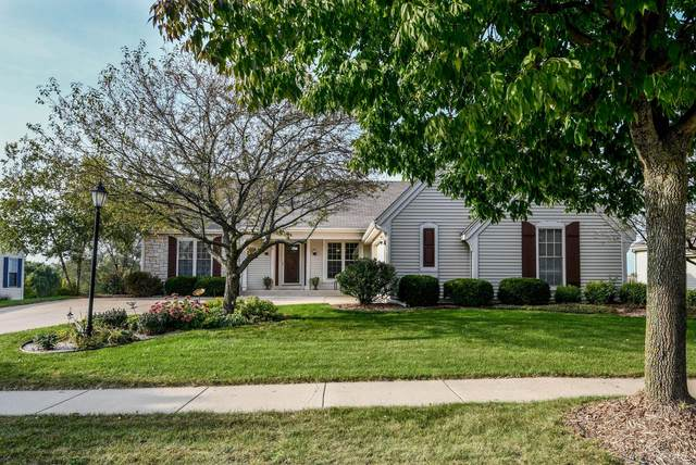 1118 River Place Blvd, Waukesha, WI 53189 (#1748153) :: Re/Max Leading Edge, The Fabiano Group