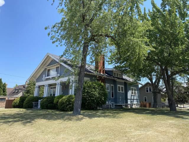 1118 Stanton St, Marinette, WI 54143 (#1748230) :: Tom Didier Real Estate Team