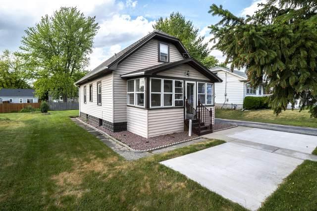 324 Morey Street, Waukesha, WI 53188 (#1748327) :: Tom Didier Real Estate Team